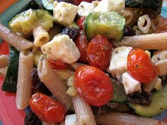 Greek-Style Pasta Salad. Serve warm on cooler night and cold on hot nights. http://www.ivillage.com/simple-summer-salads-side-dishes/3-b-360268#360273