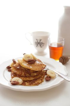 e-levated:    Ricotta Pancakes with Banana Pecan Syrup :: weekend treat