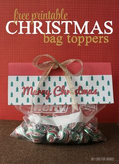 Perfect last minute gift idea! Free printable christmas bag toppers
