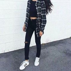 Teen fashion. Cute outfit. Adidas. Flannel. Spring fashion. Highwaisted jeans