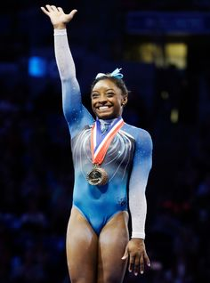 Hot: How Gymnast Simone Biles Overcame Being Given up by Her Mother to Become an Olympic Gold Hopeful Gymnastics Images, Gymnastics Poses, Sport Gymnastics, Artistic Gymnastics, Olympic Gymnastics, Gymnastics History, Amazing Gymnastics, All Around Gymnastics, Us Championship