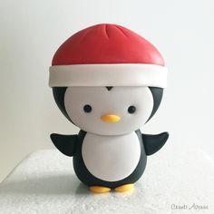 Cute Penguin Penguin Cake Toppers, Penguin Cakes, Cake Topper Tutorial, Easy Cake Decorating, Biscuit, Sugar Craft, Cute Penguins, Gum Paste, Clay Art