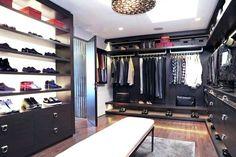 Small walk in closet ideas and organizer design to inspire you. diy walk in closet ideas, walk in closet dimensions, closet organization ideas. Walk In Closet Small, Walk In Closet Design, Closet Designs, Home Design, Luxury Interior Design, Walking Closet, Closet Interior, Home Interior, Ikea Interior