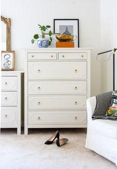 Ikea Hemnes Drawers, Ikea Hemnes Nightstand, Ikea Dresser Hack, Hemnes Ikea Bedroom, Diy Drawers, Ikea Hack, Ikea Furniture, Furniture Makeover, Upcycled Furniture