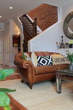 I *love* the staircase area - Liz's Exuberant Row House — House Tour | Apartment Therapy