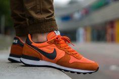 Nike Internationalist: Electric Orange