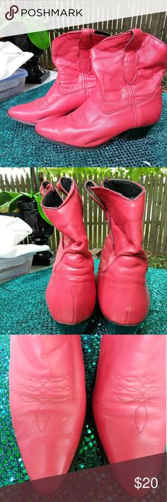 USED RED LAREDO LEATHER ANKLE  BOOTS SZ 7 1/2 Gently used red leather ankle cowgirl boots. Super cute and very comfy. Although used these boots have alot of party left.  Womans size 7 1/2. Laredo Shoes Ankle Boots & Booties