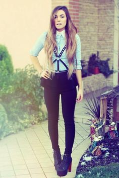 I love this outfit...she wears some really cool things! Some are a little weird others are beautiful! Cutiepiemarzia- can find her on youtube too!