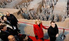 Xi'an, Hiina: Prantsuse president Emmanuel Macron ja tema abikaasa Brigitte külastavad Qin Terracotta sõdalaste ja hobuste muuseumi