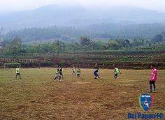 Uni Papua FC Salatiga Rabu 11 Nopember 2015 Game Pengenalan Posisi #UniPapuaFootball #UniPapuaFc