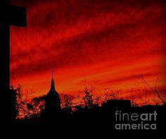 Red Sky At Night - photograph by James Aiken james-aiken.artistwebsites.com #jamesaiken #empirestatebuilding #nycskyline