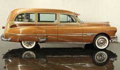 1952 Pontiac Chieftain Deluxe Station Wagon.