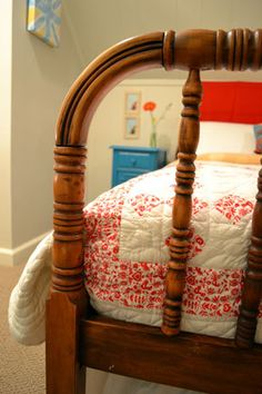 Jenny Lind Stained Wood Spindle Bed