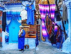 Shop owner #local - chaouen Congrats  @appuntidiviaggionet -------------------------------------- Tag your friends  --------------------------------- #morocco #maroc #rabat #casablanca #marrakech #agadir #love #design #essaouira  #travel #moroccan #vacation #beach #tourist#travelmorocco #fes #old #chefchaouen #wanderlust #style #instatravel #food #amazing by simplymorocco
