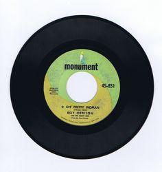 Destash-Cottage: Roy Orbison Oh' Pretty Woman / Yo Te Amo Maria 45 RPM Record 1964