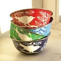 Pretty bird bowls. #enamel_ware, #birds