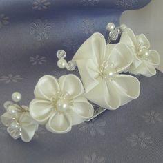 White Kanzashi Flower Bridal Tiara by kittykanzashi on Etsy