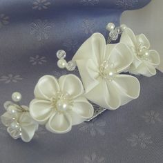 White Kanzashi Flower Bridal Tiara by kittykanzashi on Etsy