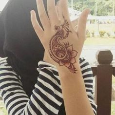 89 Gambar Hena Terbaik Di Pinterest Black Henna Henna Patterns