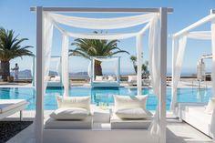 Pool Lounge - Pantheon Villas Santorini Greece