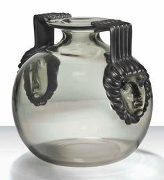 René Lalique (1860-1945), Cluny Vase, No. 961