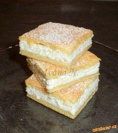 Nadýchané tvarohové řezy | Mimibazar.cz Perfect Cheesecake Recipe, Fluffy Cheesecake, Cheesecake Recipes, Sweet Recipes, Snack Recipes, Cooking Recipes, Healthy Alcoholic Drinks, Recipe For Teens, Healthy Deserts
