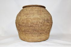 Lidded Basket : Vintage Rare Handmade Omani by CulturalPatina Cultural Artifact, Old Baskets, Pueblo Pottery, 50 Years Old, Bronze Sculpture, Handmade, Muscat, Etsy, Vintage