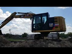 Moving dirt with a Caterpillar 312 Excavator Caterpillar Excavators, Caterpillar Equipment, Heavy Equipment, Cat Life, Tractors, Around The Worlds, Construction, Star, Building