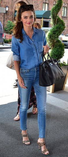 Dressed in head-to-toe 7 For All Mankind, Miranda Kerr nailed the Canadian Tuxedo.