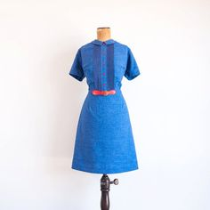 {Vintage 1960s dress / blue chambray} this '60s dress is totally adorable + so Now! Peter pan collar! Pintucking! Red belt!