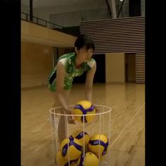 Volleyball Videos, Volleyball Skills, Volleyball Practice, Volleyball Training, Volleyball Workouts, Volleyball Quotes, Volleyball Players, Super Funny Videos, Funny Short Videos