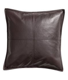 Fodera in finta pelle - Marrone - HOME Live In Style, Inexpensive Home Decor, H&m Home, Cushions, Pillows, H&m Online, Leather Cover, Home Decor Inspiration, Detail