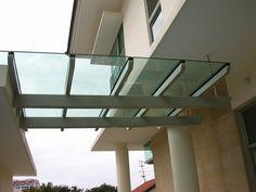 Marquesinas de vidrio Vidrieria y Aluminio en Tlajomulco de Zuñiga, Jalisco