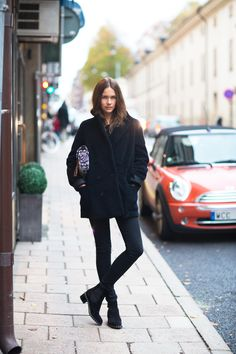 look of the day Autumn Street Style, Casual Street Style, Caroline Blomst, Fall Outfits, Casual Outfits, Cool Coats, Fashion Project, Models, Facon