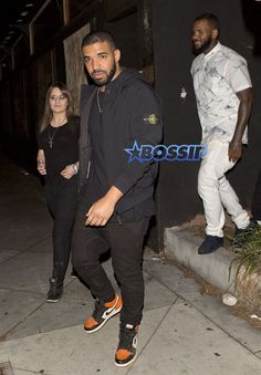 Drake in the Air Jordan 1 ''Shattered Backboard''