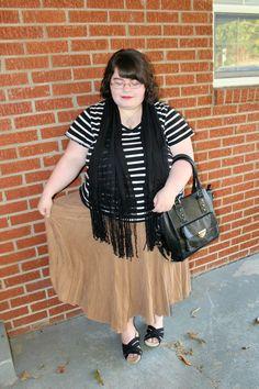 Unique Geek: Plus Size OOTD: Suede & Stripes #plussizefashion #plussize #plussizeoutfit #plussizeblogger #plussizestyle #plussizeootd #plussizeoutfit #plussizemodestoutfit #plussizechurchoutfit #churchoutfit #suede #stripes