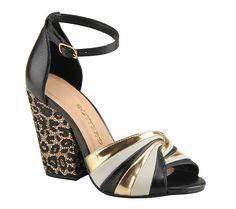 Sandália com salto estampado | Sandálias | Bottero Calçados