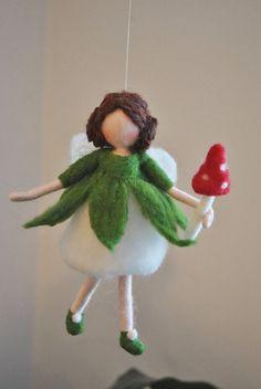 Needle Felted Mushroom Fairy Ornament wool doll : Fairy with red mushroom Mushroom Crafts, Felt Mushroom, Wool Needle Felting, Needle Felting Tutorials, Wool Dolls, Felt Dolls, Game Of Thrones Gift, Paper Mache Animals, Felt Fairy