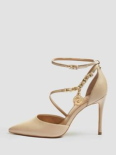 1ddcd5b3 ¡Para una imagen sofisticada! Zapatos De Salón, Moda Online, Tacones, Piel.  Guess.eu