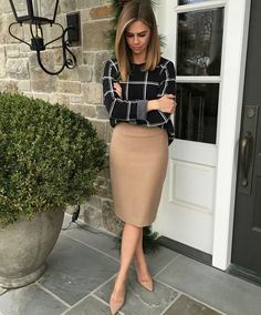 30 Summer Work Outfits For Women best sophisticated work attire and office outfits for women Summer Work Outfits, Casual Work Outfits, Mode Outfits, Work Casual, Classy Outfits, Stylish Outfits, Fashion Outfits, Woman Outfits, Winter Dresses For Work