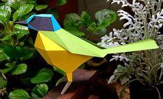 Pássaros em lindas esculturas geométricas de papel, por Carolina Silvero e Juan Elizalde – Ideia Quente