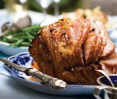 Holiday Champagne Baked Ham Recipe. #Holiday #Champagne #BakedHam