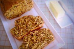 Red Quinoa Oatmeal Bread [Vegan]