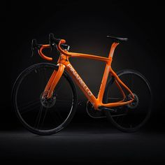 a4909f3f3b3 GloryCycles.com — Orange is the new black. 2018 Pinarello Gan Disc.