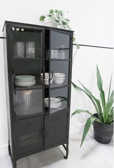 Cute Furniture, Steel Furniture, Beautiful Houses Inside, Room For Improvement, Rustic Industrial Decor, Condo Decorating, House Inside, Home Office Decor, Home Decor