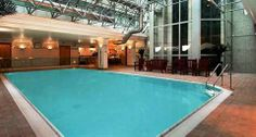 This London hotel offers a fitness centre and an indoor pool. The hotel employees are available 24/7 and can help with booking tours and tic...