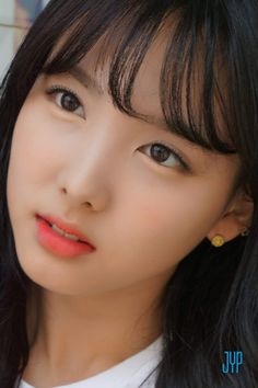 𝐀 𝐑 𝐐 — 200404 Twice Nayeon Bts Kim, All About Kpop, Nayeon Twice, Kim Jisoo, Im Nayeon, Korean Makeup, Girl Bands, Beautiful Asian Girls, Beautiful Pictures