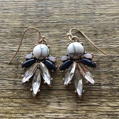 """NAVY FLAUNT Earrings Has matching necklace— perfect for a black dress or a navy blouse. 1"""" Ocean Jewelers Jewelry"""