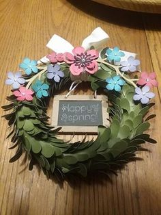 April 2016 Lovely Little Wreath