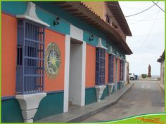 Casas Coloniales en Choroni Venezuela. Outdoor Decor, Collections, Beautiful, Country, World, Monuments, Places To Visit, Countries, Cities
